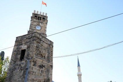 Antalya'da tarihi saat kulesine sprey boyayla 'Ramocan' yazan kişiye hapis cezası