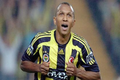 Aurelio, Fenerbahçe'nin teknik ekibine katıldı