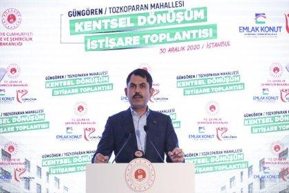 Bakan Murat Kurum, Güngören'de Kentsel Dönüşüm İstişare Toplantısı'nda, riskli alan ilan edilen Tozkoparan mahallesi hak sahipleri ile buluştu