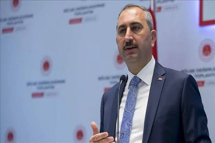 Bakanı Gül: Tarikatların yargıya sızmasına izin verilemez