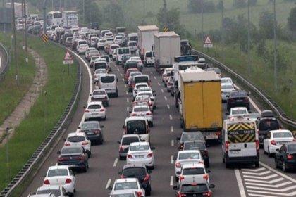 Bakanlıktan trafiğe 'dahiyane' çözüm: '70 km sabit hızla giderseniz sorun kalmaz'
