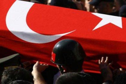 Barış Pınarı Harekatı bölgesinde bombalı saldırıda 4 asker şehit oldu