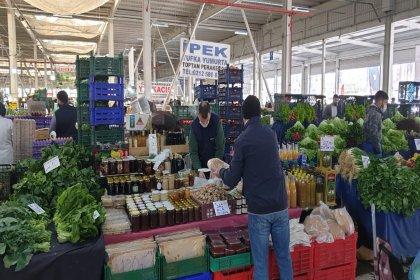 Bayrampaşa, Ataşehir ve Güpınar hallerinde dezenfekte çalışmaları devam ediyor
