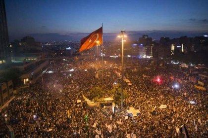 Bin 376 isim 'Hepimiz Gezi'deydik' dedi: 'Gezi'de dile gelen toplumun talepleridir, yargılanamaz'