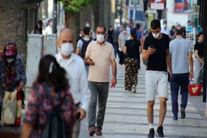 Bir kentte daha sokakta sigara içmek yasaklandı