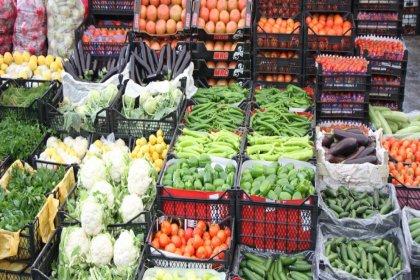 Birleşik Kamu İş Konfederasyonun en çok tüketilen 77 gıda maddesini esas alarak yaptığı çalışmaya göre gıda harcamalarında son bir yıllık artış da yüzde 31,6 oldu