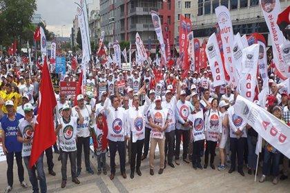 Birleşik Kamu İş'ten '15-16 Haziran' mesajı: '50 yıldır Türkiye emekçilerine rehber olmaya devam ediyor'