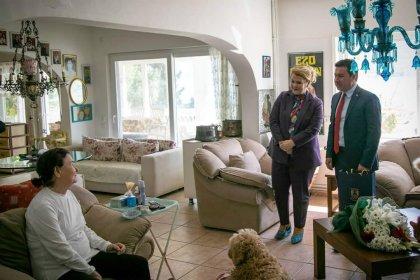 Bodrum Belediye Başkanı Aras'tan Fatma Girik'e ziyaret