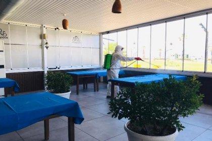 Burhaniye'de 1 Haziran'da açılacak işletmeler dezenfekte edildi