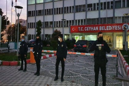 Ceyhan Belediyesi'ne rüşvet operasyonu