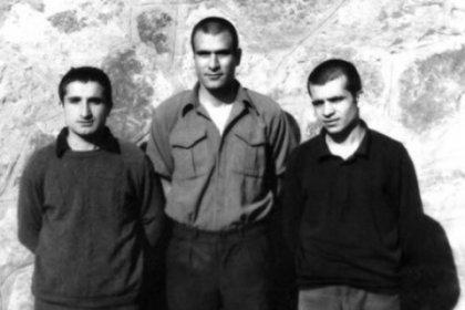 CHP Lideri Kılıçdaroğlu, Deniz Gezmiş Yusuf Aslan ve Hüseyin İnan'ın idamının 48. yılı mesajında; Unutmayın, vatan onu parsel parsel satanların değil, uğrunda darağacına gidenlerin vatanıdır!