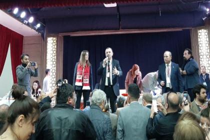 CHP Manisa İl Başkanlığı'na yeniden Semih Balaban seçildi