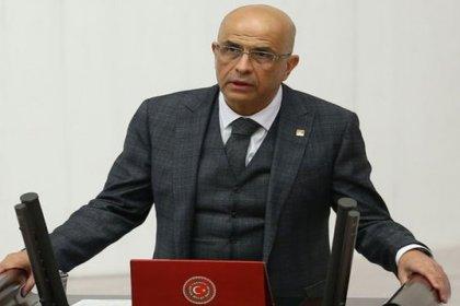 CHP'nin Milletvekilliği düşürülen ve tutuklanan vekili Enis Berberoğlu korona tedbirleri nedeniyle 31 Temmuz'a kadar cezasını evinde çekecek