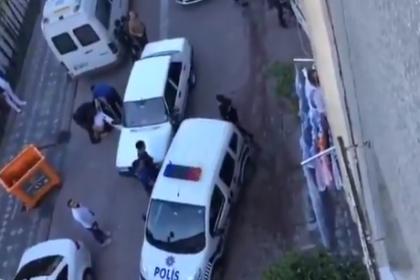Çorlu ve Kadıköy'ün ardından bir polis şiddeti haberi de Zeytinburnu'ndan: Polisler sokaktaki çocukları darbetti!