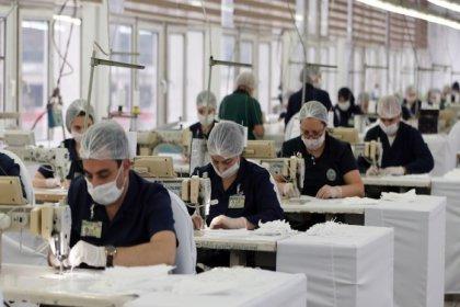 Covid-19 döneminde işçilerin yüzde 40'ı ucuz besinlere yöneldi