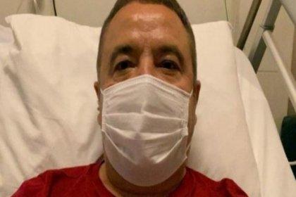Covid_19 tedavisi gören Antalya Büyükşehir Belediye Başkanı Muhittin Böcek yoğun bakıma alındı