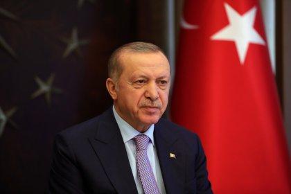 Cumhurbaşkanı Erdoğan AKP'li belediye başkanlarına seslendi: Koronavirüsle mücadeleyi günlük siyasete malzeme etmeye kimsenin hakkı yok
