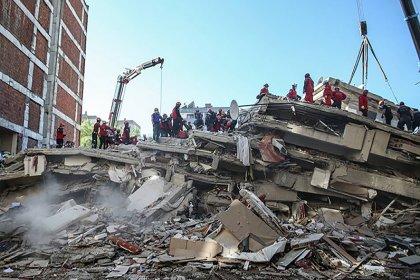 """""""Deprem değil rant bilimden uzaklaşmak öldürüyor"""""""