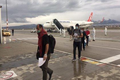 Dışişleri Bakanlığı: 40 binden fazla Türk vatandaşı yurda getirildi