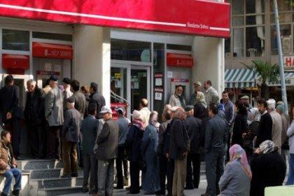DİSK-AR: Türkiye'de 2.6 milyon emekli ayda 763 TL ile yaşıyor