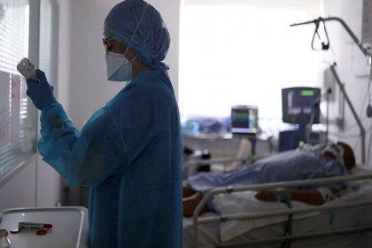 Dünya genelinde koronavirüsten can kaybı 887 bin 596'ya yükseldi
