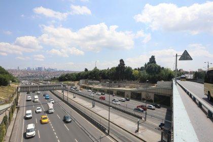 Edirnekapı Metrobüs İstasyonu'na yeni üst geçit
