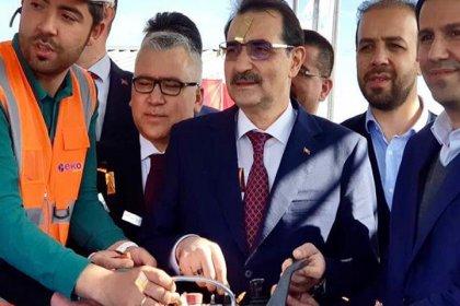 Enerji Bakanı attığı temeli unuttu