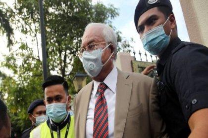 Eski Malezya Başbakanı, zimmetine milyonlarca dolar geçirmekten suçlu bulundu
