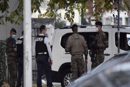 Fransa'da 3 polis öldürüldü