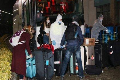 Fuat Oktay: 2 bin 721 öğrencimiz Türkiye'ye getirildi