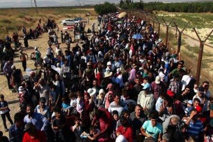 'Göçmenler ve mülteciler üç krizi aynı anda yaşıyor'