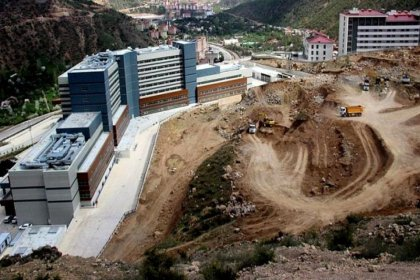'Heyelan bölgesine 729 konut yapılacak' iddiası