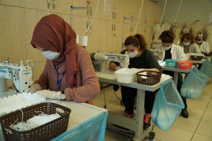 İBB'den İstanbullular için maske üretimi