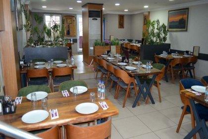İçişleri Bakanlığı: Restoranlarda ve pastanelerde masalar kalkıyor, sadece paket servis yapılacak