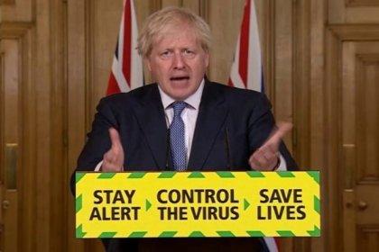 İngiltere Başbakanı Johnson 'Frene basmamız gerekiyor' diyerek kısıtlamaları gevşetmeyi erteledi