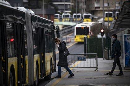 İstanbul'da toplu ulaşım yüzde 90 azaldı