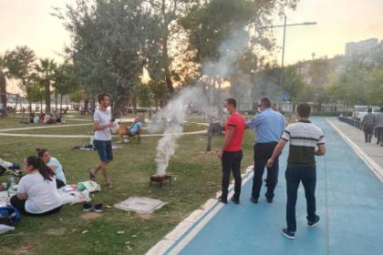 İzmir sahillerinde denetim: Mangallar toplandı
