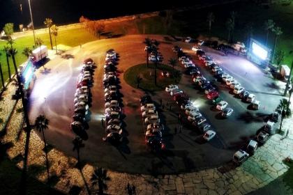İzmir'de koronavirüs tedbirli açık hava sineması