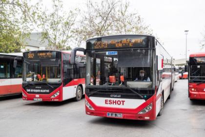 İzmir'de toplu ulaşım kullanımı normalleşmeyle birlikte hızla yükselmeye başladı