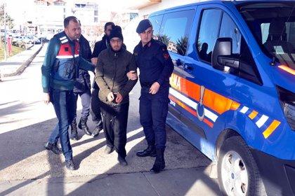 Karaman'da IŞİD operasyonu: 8 gözaltı