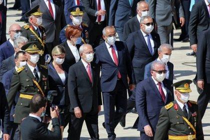 Kılıçdaroğlu 30 Ağustos resmi törenine katıldı