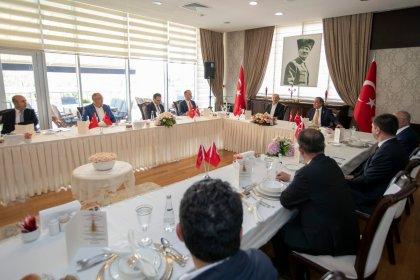 Kılıçdaroğlu CHP'li il belediye başkanlarıyla bir araya geldi