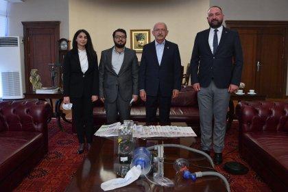 Kılıçdaroğlu, Çiğli Belediye Başkanı Utku Gümrükçü'yü kabul etti
