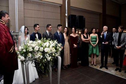 Kılıçdaroğlu, yeğeninin nikah töreninde şahitlik yaptı