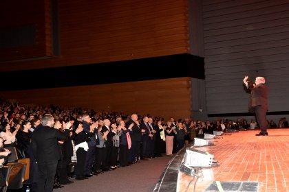 Kılıçdaroğlu Zülfü Livaneli'nin konserine gitti