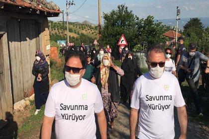 Kirazlıyayla'da direnen köylüler ve baro başkanı birlikte yürüdü