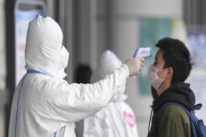 Koronavirüs salgınında ölü sayısı 2 bin 978'e yükseldi