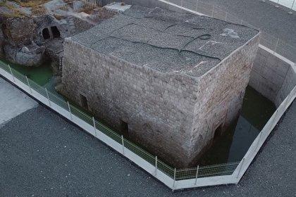 Koruma altındaki 900 yıllık Küçük Saray sular altında kaldı