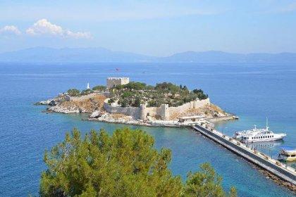 Kuşadası'nın simgesi Güvercinada Kalesi, UNESCO Dünya Mirası Geçici Listesi'ne girdi