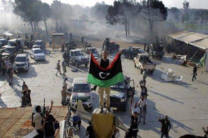 Libya Ulusal Mutabakat Hükümeti, Trablus'ta kontrolü ele geçirdiğini duyurdu